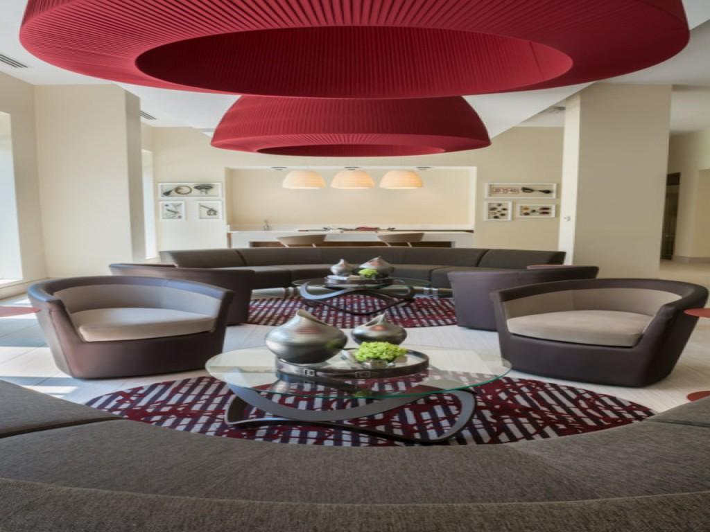 Bainbridge Shady Grove Metro Apartments Redland Md Walk