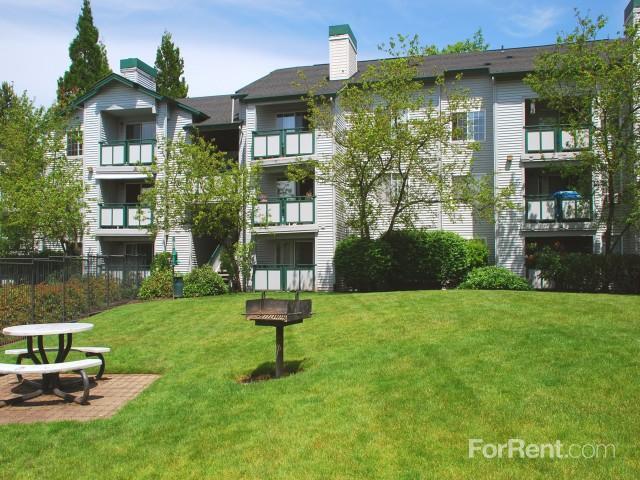 Overlook Pointe Apartments Happy Valley