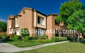 Aliso Town Center Apartment Homes photo #1