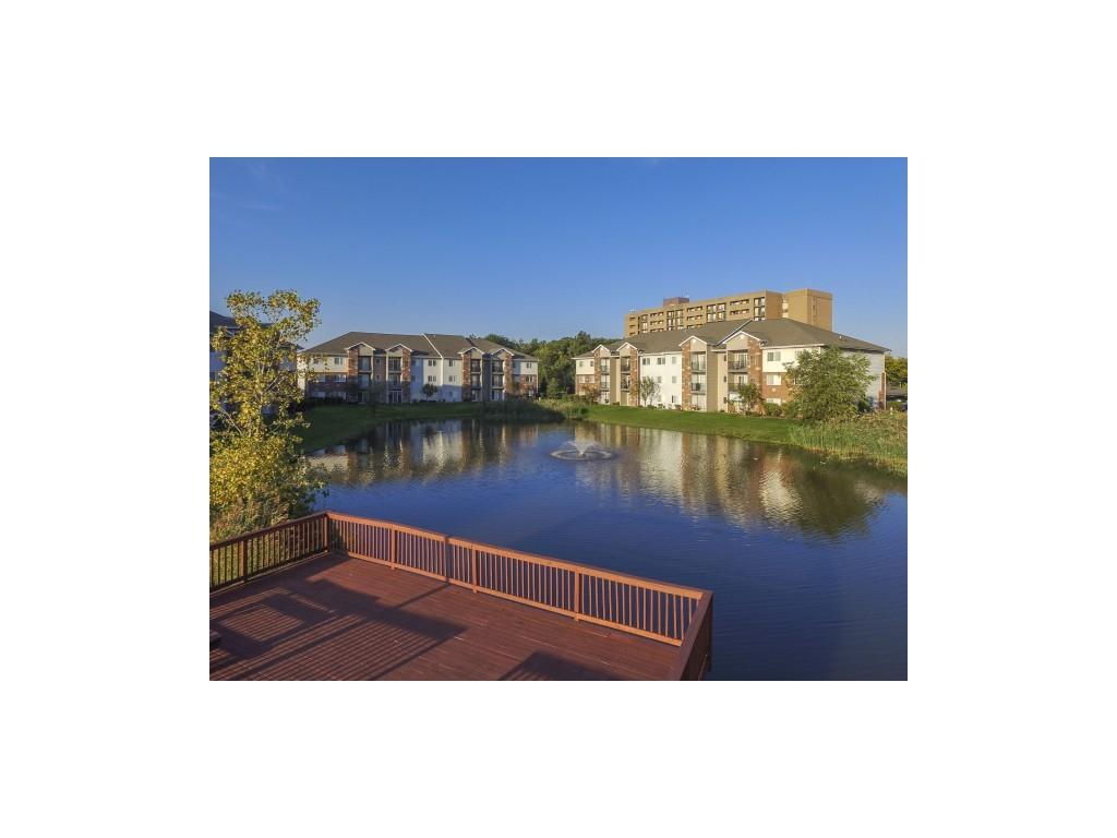 South Pointe Apartments photo #1
