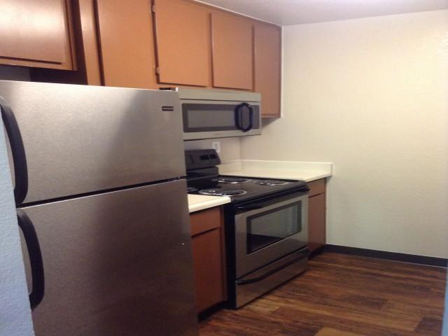 Hilltop Commons Apartments photo #1