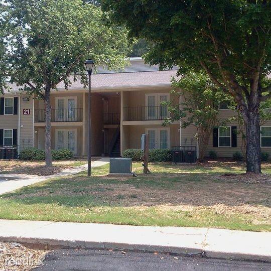 Eagle Nest Apartments: 2900 Landrum Dr SW Apt 19 # 150, Atlanta GA