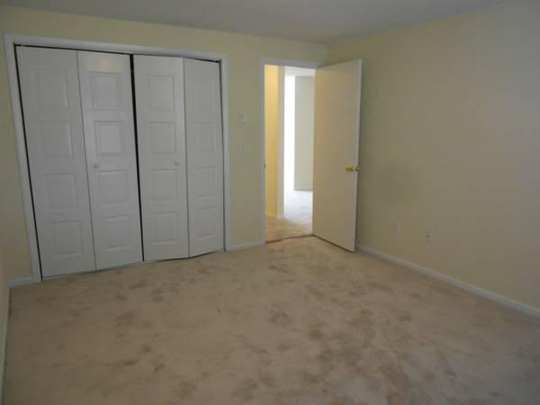 Parkwood Apartments photo #1