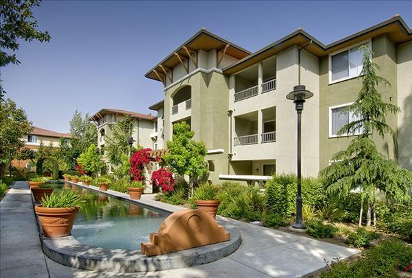 Estancia at Santa Clara Apartments photo #1