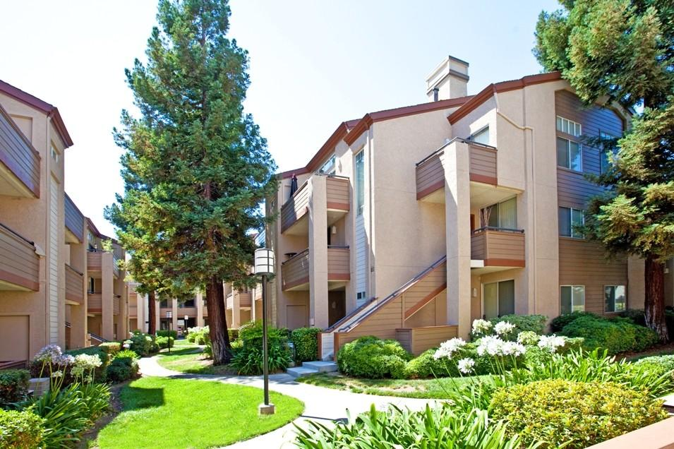 Stoneridge Apartments, Pleasanton CA - Walk Score