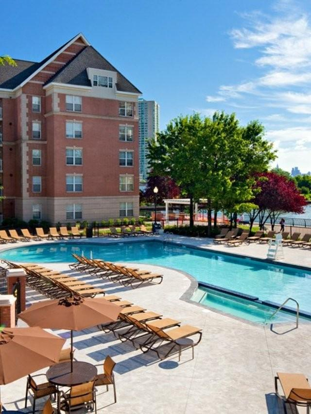 Avalon Cove Apartments photo #1
