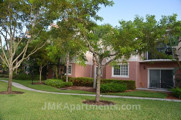 4636 Northlake Blvd photo #1