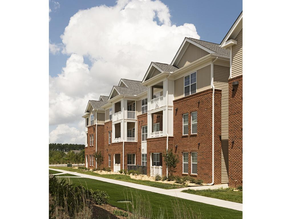 Clairmont At Perry Creek Apartments Raleigh Nc