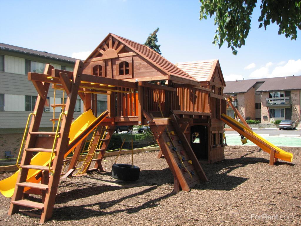 Wilson Park Garden Homes Apartments Milwaukee Wi Walk Score