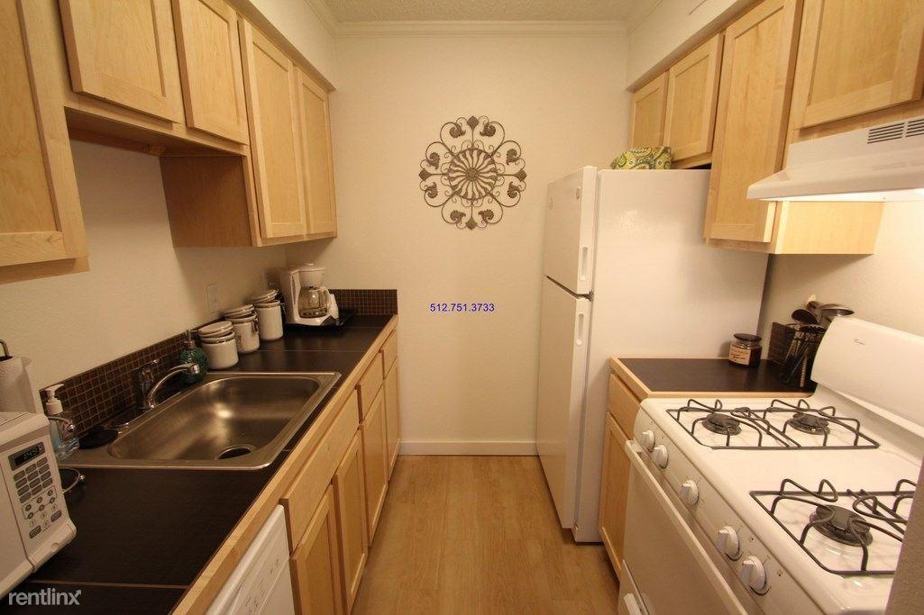 4001 N Lamar Blvd photo #1