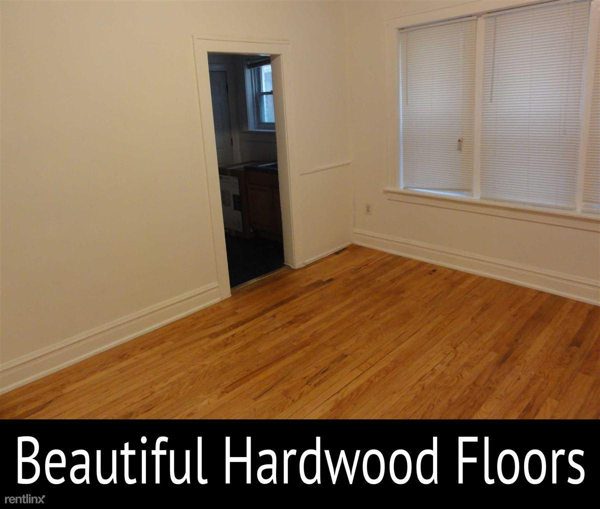 South Lakeside Properties Apartments photo #1
