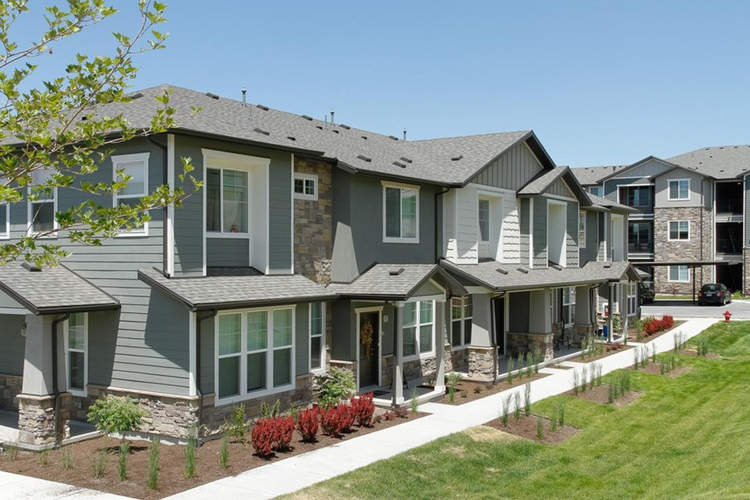 Parc on Center Apartments photo #1