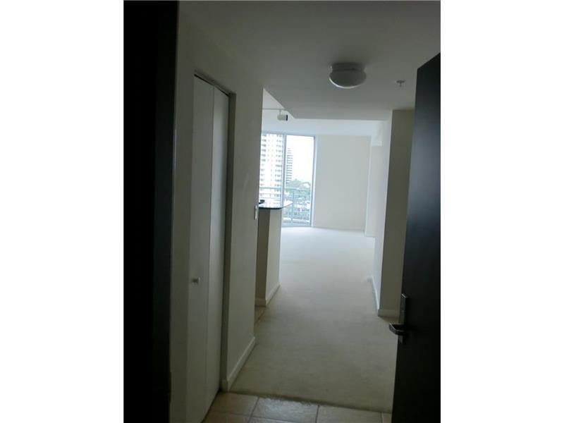 Perfect Waterfront Location Right Downtown Miami! photo #1