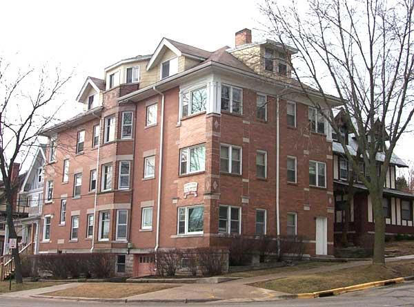 Apartment for rent in Madison. $985/mo Apartments photo #1