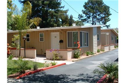 1bd/1ba apartment with parking, walk to Stanford