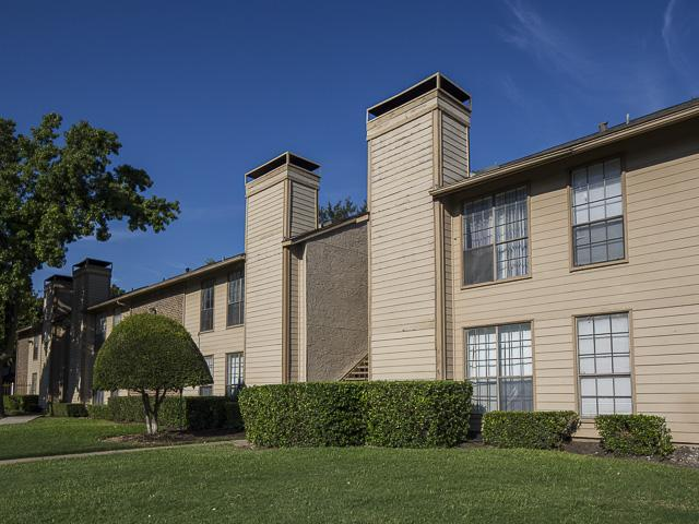 Landmark at rosewood apartment homes apartments dallas tx for Rosewood home