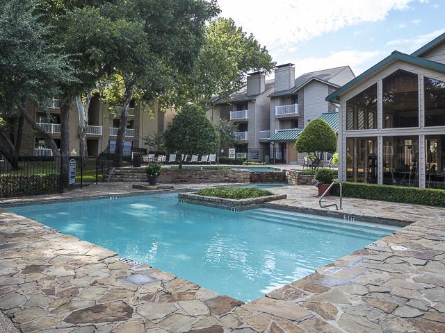 Landmark At Rosewood Apartments Dallas Tx