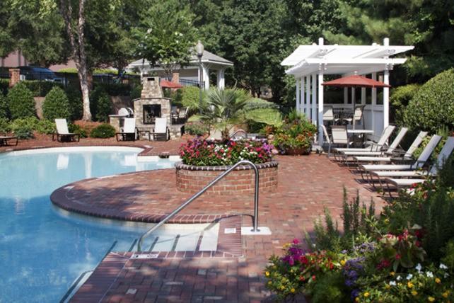 Camden Lake Pine Apartments photo #1