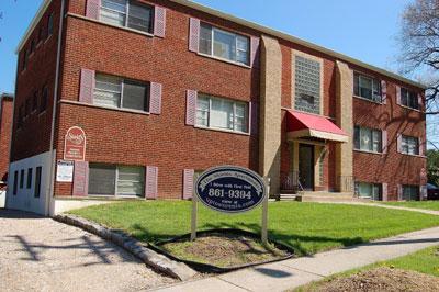 One BR 130 E Shields Apartments photo #1