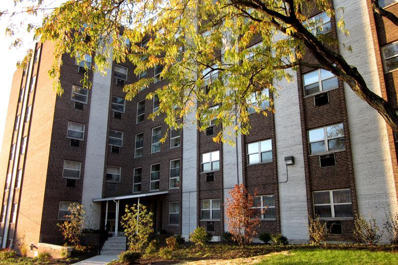 One BR 310 Oak Apartments photo #1