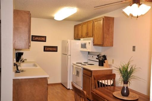 Bridgewood Estates Apartments photo #1