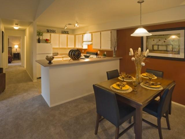 Eight Towncenter Apartments photo #1