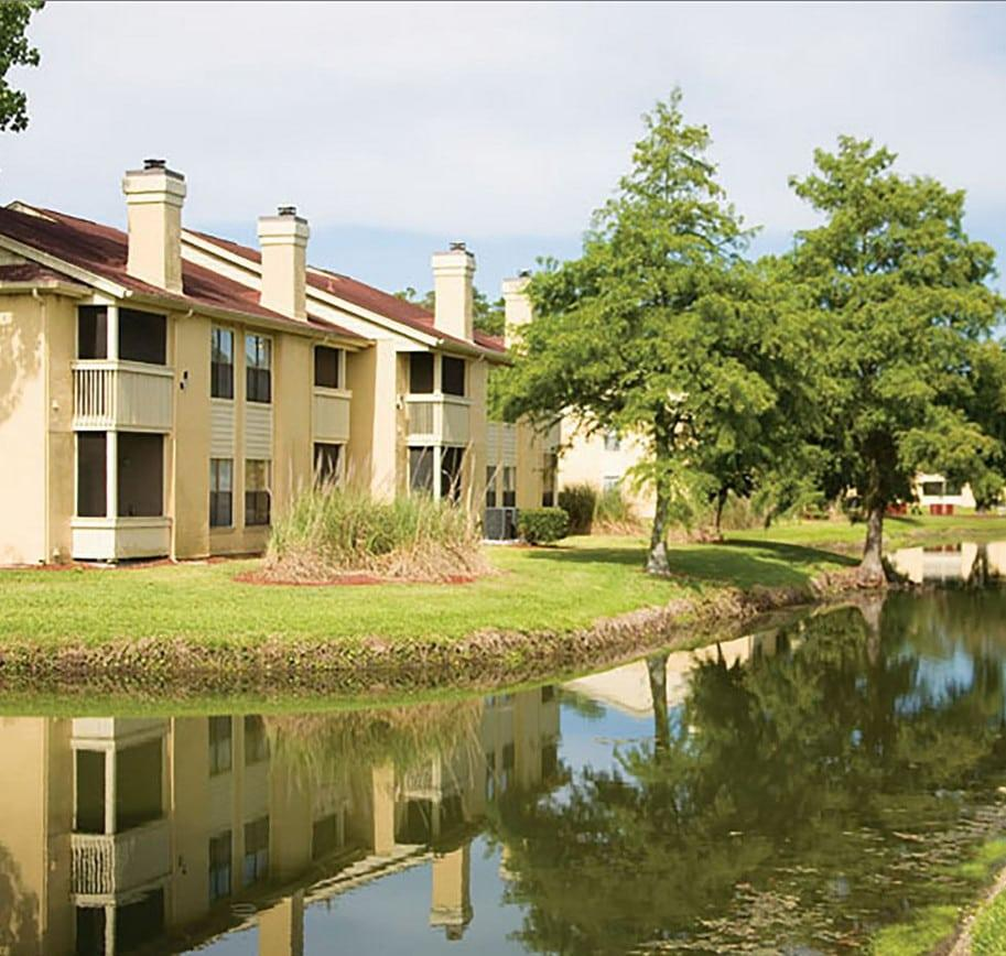 The Lakes Apartments: The Coast Of Ponte Vedra Lakes Apartments, Palm Valley FL