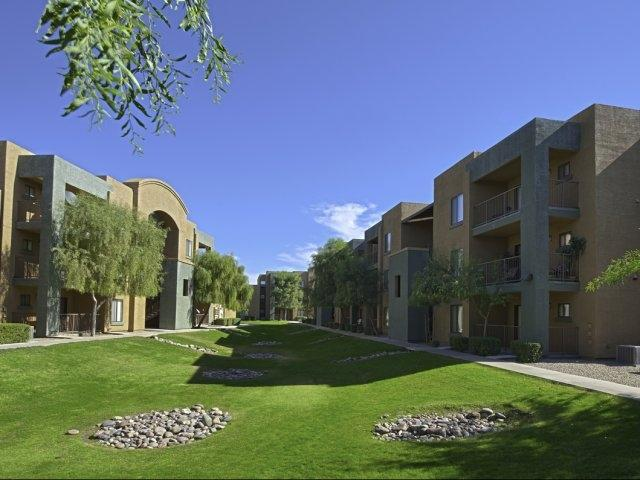 Esteban Park Apartments photo #1