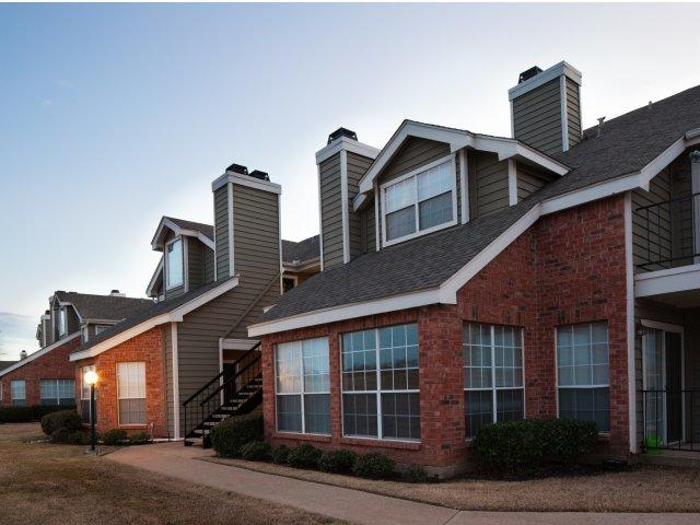 Trails of Valley Ranch Apartments photo #1
