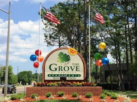 Grove at Deerwood Apartments photo #1