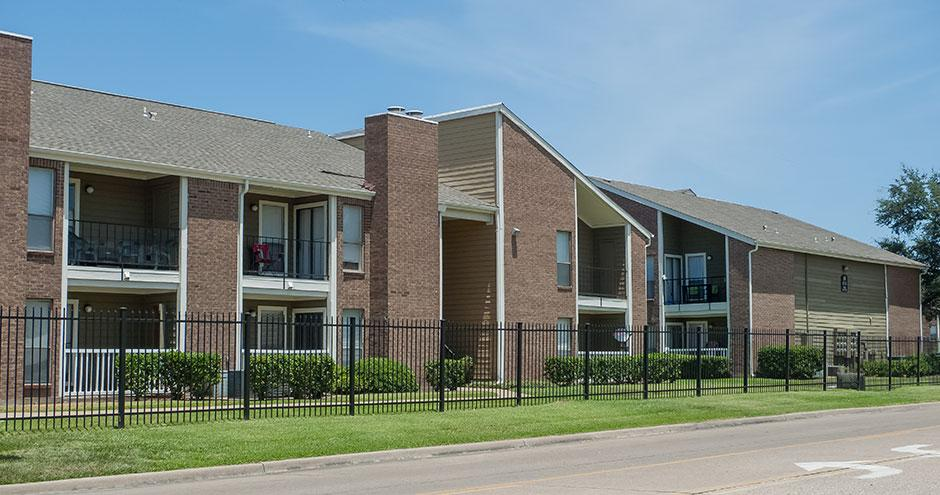 Silverbrook Apartment Homes