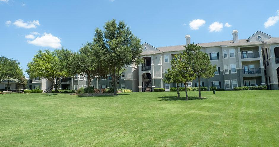 Benton Pointe Apartments Allen Tx