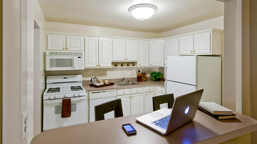 Peachtree of McLean Apartments photo #1