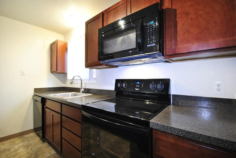 Mill Creek Townhouses Apartments photo #1