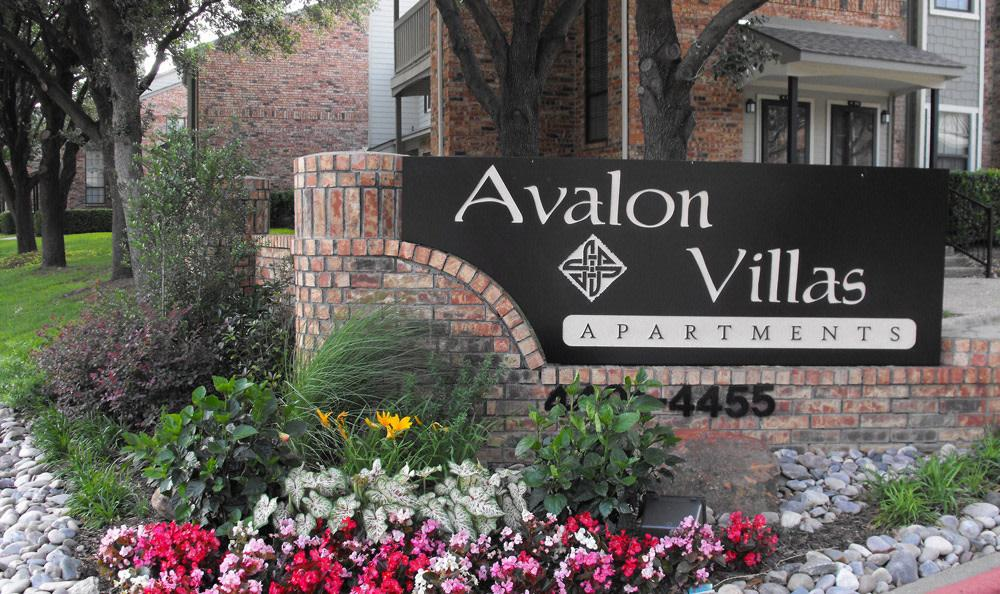 Avalon Villas Apartments photo #1