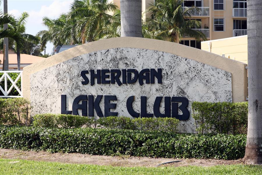 Sheridan Lake Club Apartments photo #1