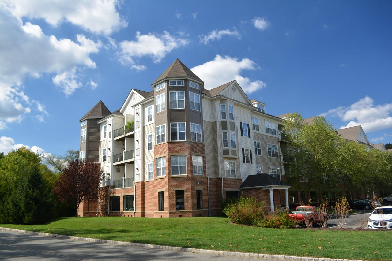 Riverview Landing at Valley Forge Apartments photo #1