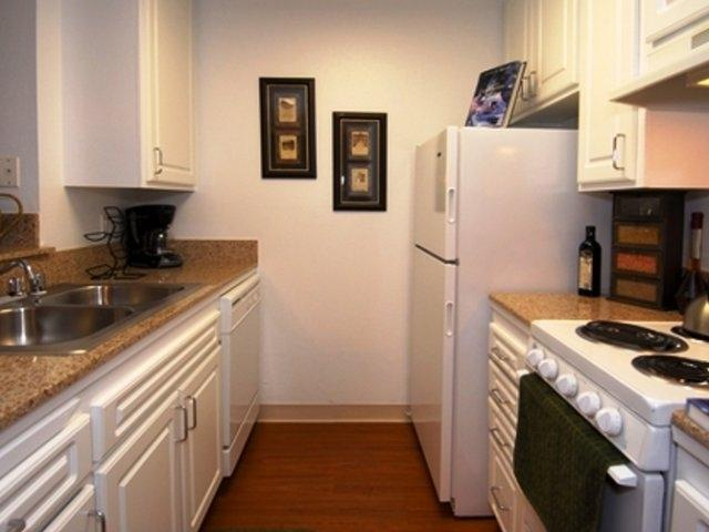 Crystal View Apartment Homes photo #1