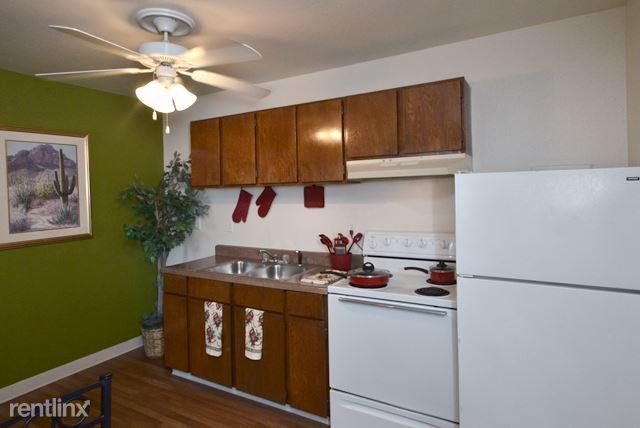 Siegel Suites Charleston II Apartments photo #1