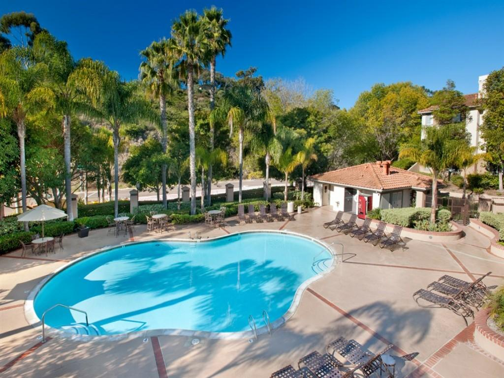 Solazzo Apartment Homes Apartments San Diego Ca Walk Score