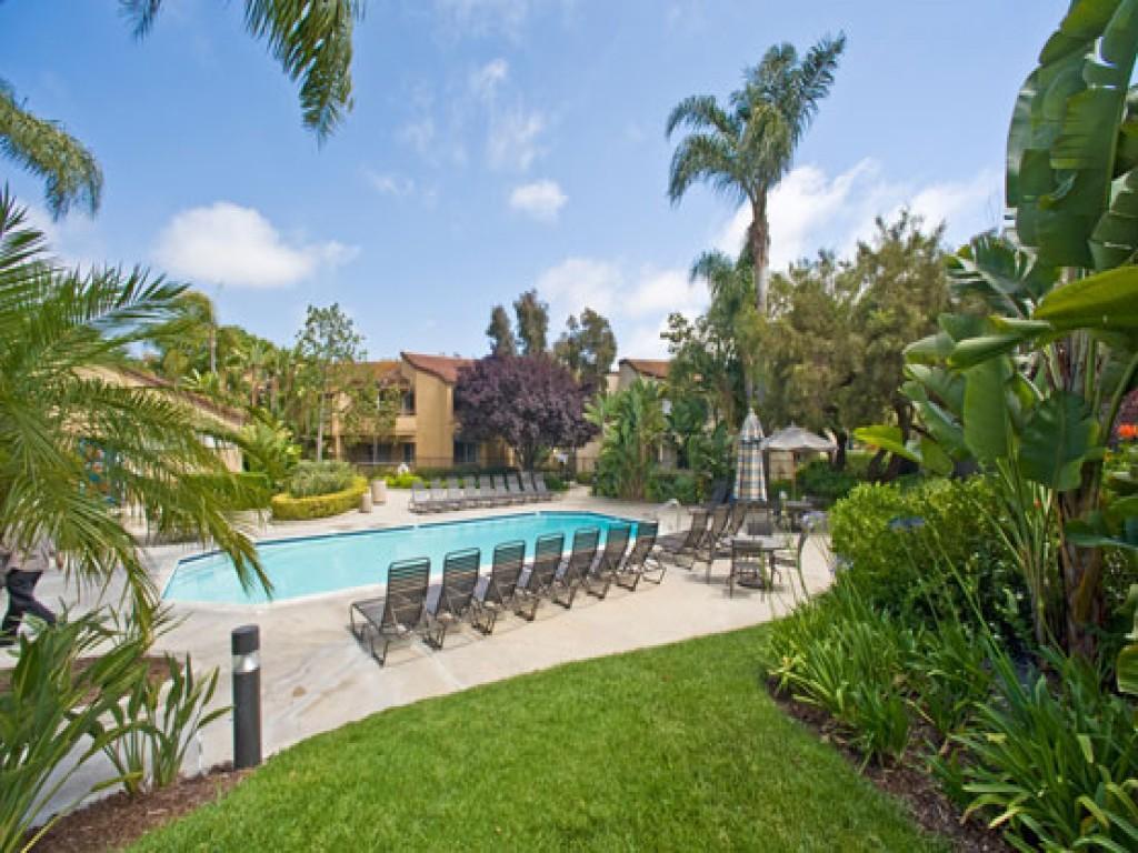 UTC - Irvine Apartments photo #1