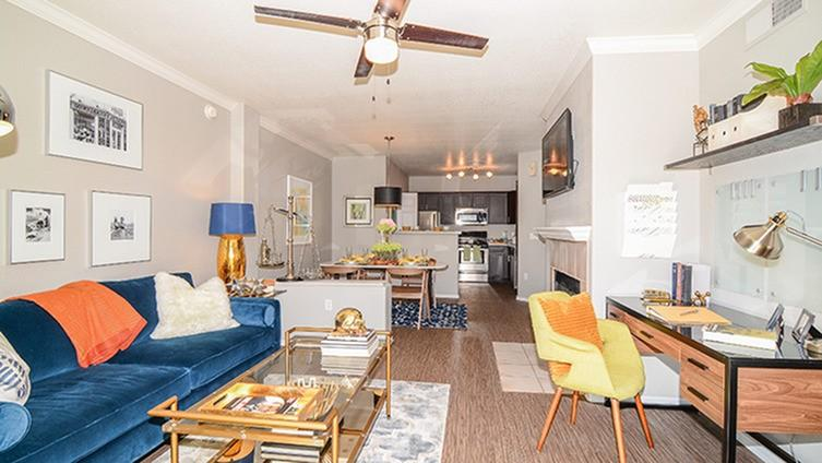 Carlyle Townhomes Apartments photo #1