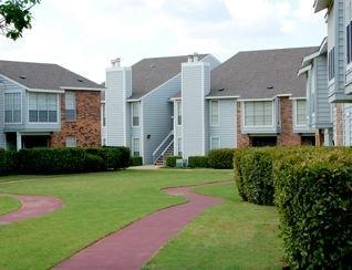 Meridian Pointe Apartment Homes photo #1