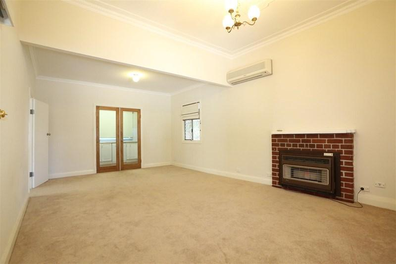 57 Kooyong Road photo #1