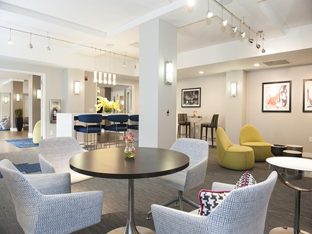 Sterling Glenwood Apartments photo #1
