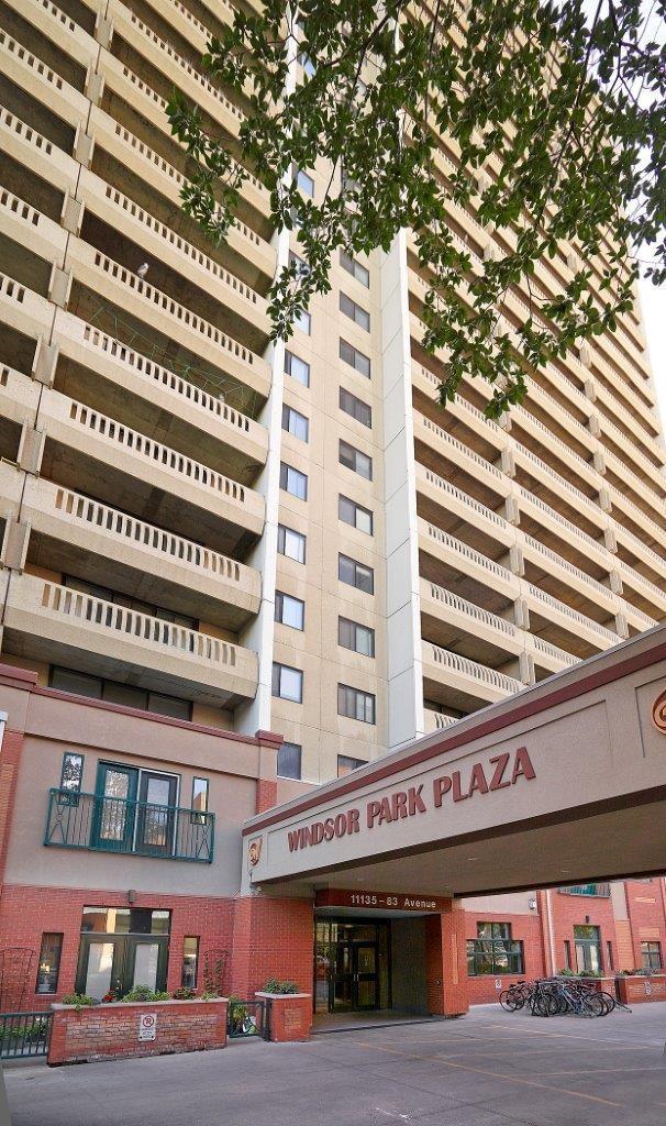 Windsor Park Plaza Apartments photo #1