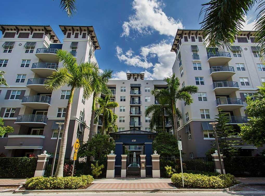 Amli flagler village apartments fort lauderdale fl walk - 2 bedroom apartments in fort lauderdale ...
