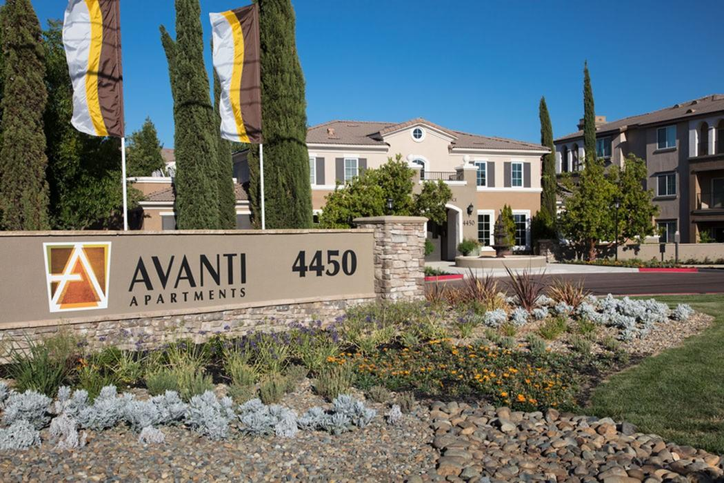 Avanti Apartments photo #1