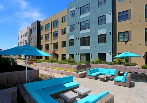 Waterbend Apartments photo #1