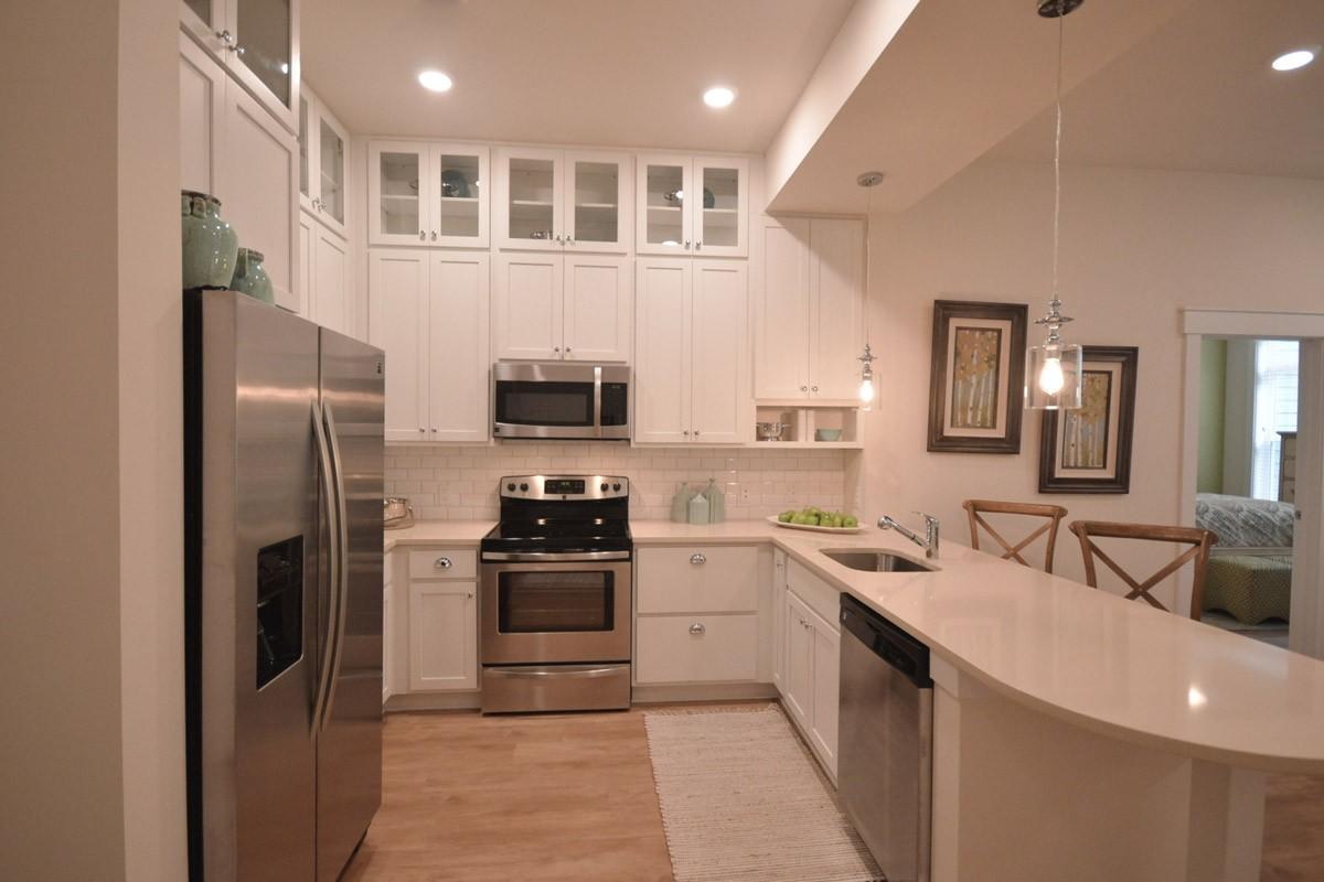 Apartments At Holly Crest, Huntersville NC